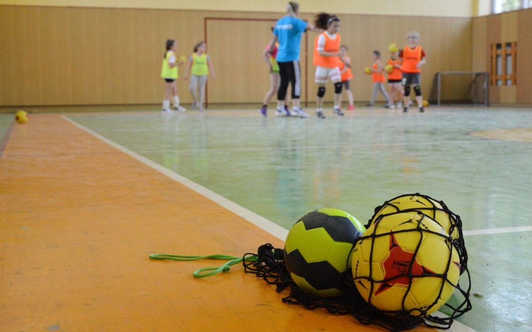 Stages Sportifs : Handball ou Basket Ball